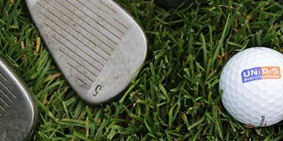Tinie Verbruggen beste speelster van het Unidis Golfevenement!